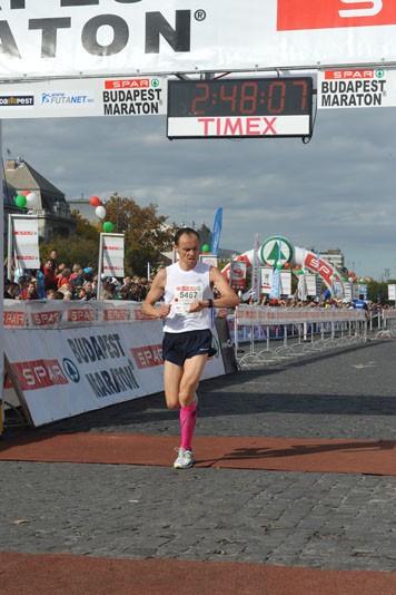 S. Ważny na mecie, fot. budapestmarathon.com