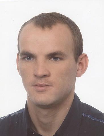 Zaginiony Tomasz Mróz.