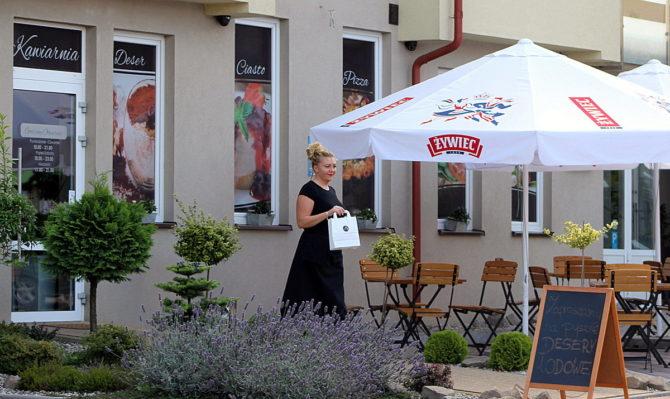 Fot. Club Cafe rozszerzył swoją ofertę o darmową dostawę w centrum miasta.