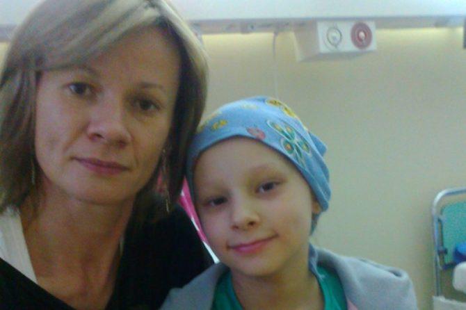 Iwona Jasic z córką Emilką.